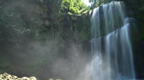 桜滝・大分県【滝ガール活動に最適な滝】