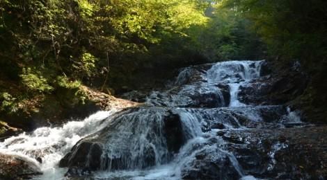 魚止めの滝・群馬県【母のお気に入り滝、その理由】