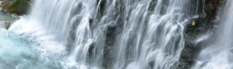 白ひげの滝・北海道【朝も夕も、ブルーリバーに夢中】