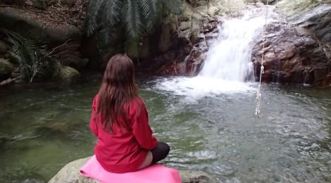 荒川の滝・沖縄県【滝ヨガ、初体験】