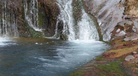 蓼科の滝ガール旅【後編・おしどり滝とジビエグルメ】