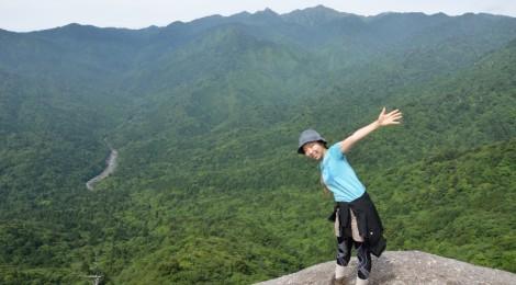 屋久島1泊2日ツアー体験記【前編:絶景の太鼓岩と苔の森】