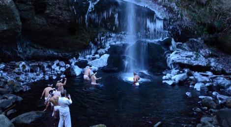 夕日の滝・神奈川県【本格的な滝行に遭遇、繋がるご縁】