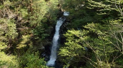 三滝(芦津渓谷)・鳥取県【智頭町の「懐かしさ」の理由】