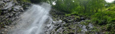玉簾の滝・山形県【のどかな里を優しく見守る神様の滝】