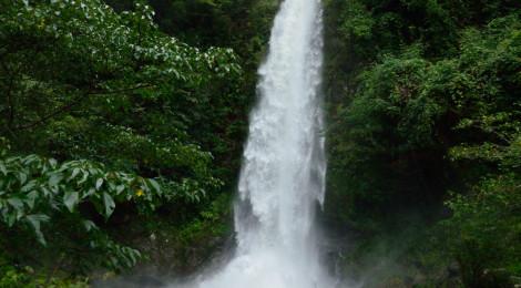 大樽の滝・高知県【集中豪雨で大変貌!幽玄の滝はおあずけ】