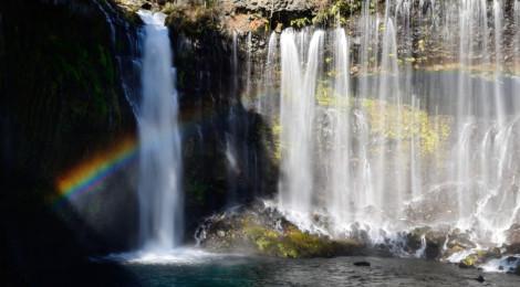 2016年・滝初め【新年は富士山へ!不思議な虹の白糸の滝】