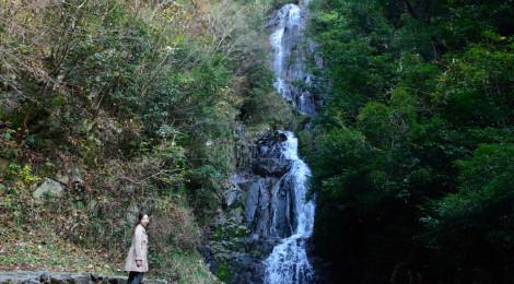 常清滝・広島県【天から舞い降りる優しい百選滝】