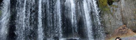 達沢不動滝・福島県【春が来た!虹に彩られた雪解けの美瀑】