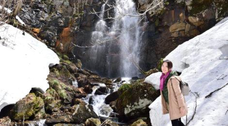 幻の滝・福島県【雪に包まれた磐梯山麓で偶然の再会!】
