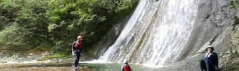 くまの・川遊び部 @滝本北谷【前編:ナメ天国と亀壺の滝】